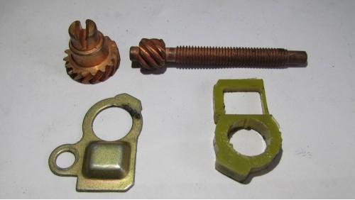 Натягувач ланцюга для бензопили Мотор Січ